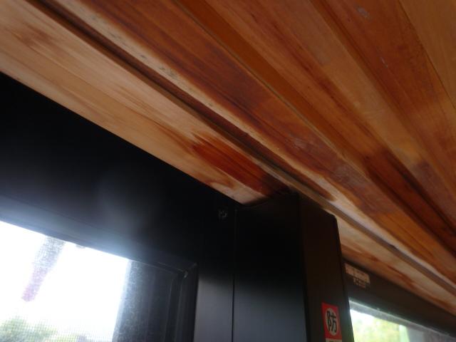 塗装 雨漏り