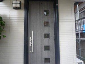 玄関枠塗装