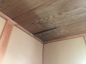 三島市 雨漏り工事